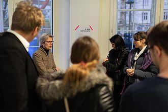 Fragen und Antworten im Gespräch mit Lehrenden zu den einBlicken 2020. © HTW Berlin / Marco Ruhlig
