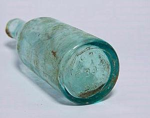 Bierflasche aus dem Dokumentationszentrum NS-Zwangsarbeit in Schöneweide © DZ NS-Zwangsarbeit / Dominique Mißbach