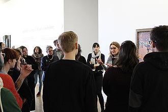 Gemeinsamer Rundgang und Gespräche im Centre Pompidou. © HTW Berlin / Thomas Kämpfe