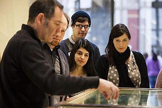 Lehre im Museum für Naturkunde mit Fachwissenschaftlern der Naturkunde, Museumspädagog*innen oder Expert*innen der Ausstellungsabteilung. © HTW Berlin / Camilla Rackelmann