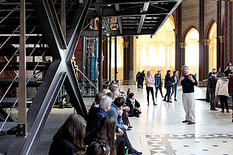 Führung im Musée des Arts et Métiers zum Thema 'Ausstellen von Technikgeschichte'. © HTW Berlin / Thomas Kämpfe